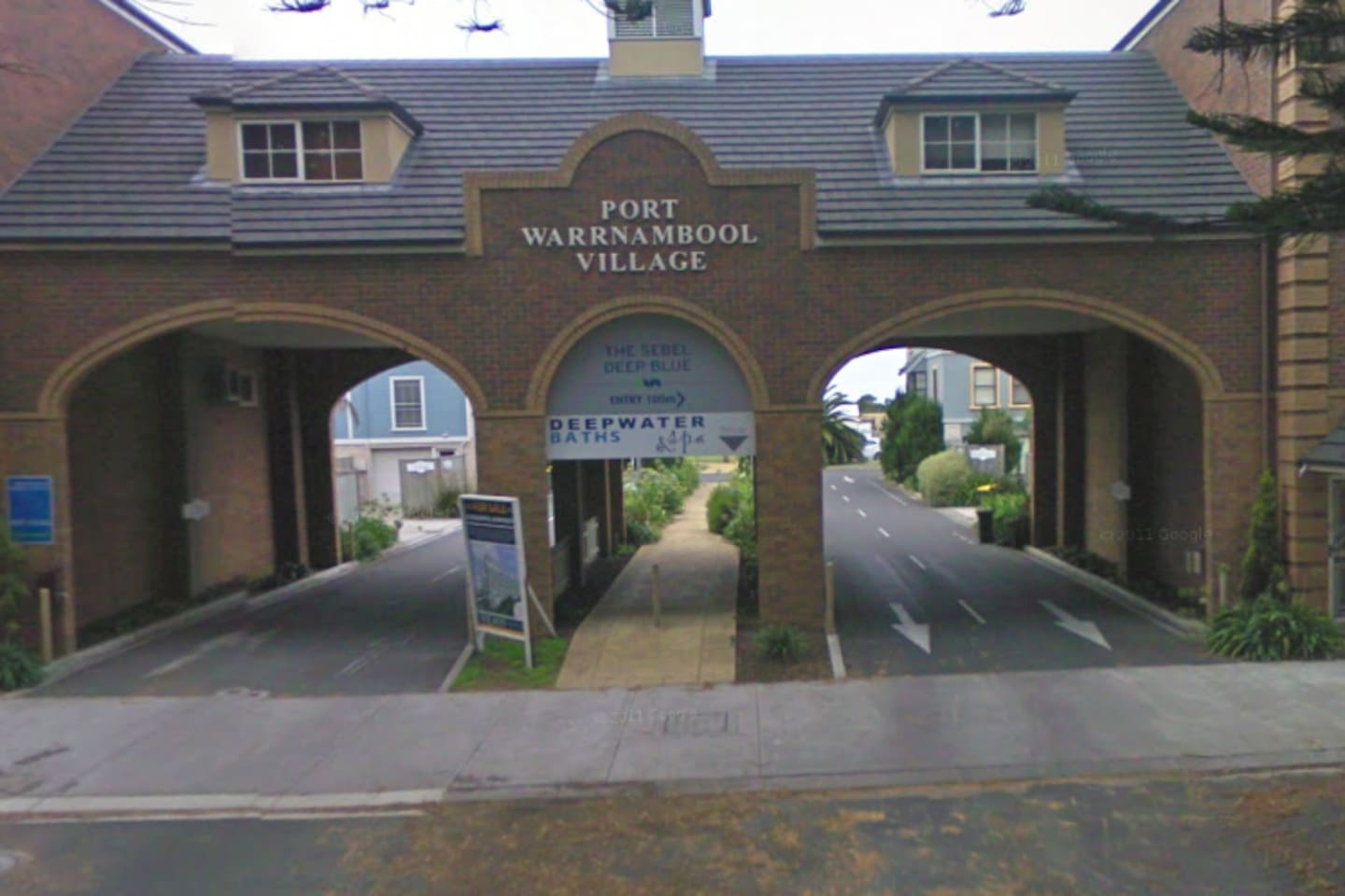 Main Entrance to Harbour Mews