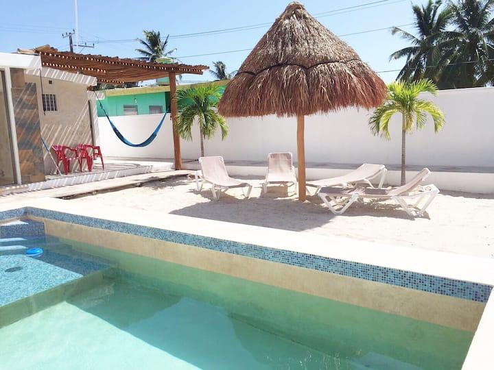 Cute Beach house with Swimming pool & hammocks