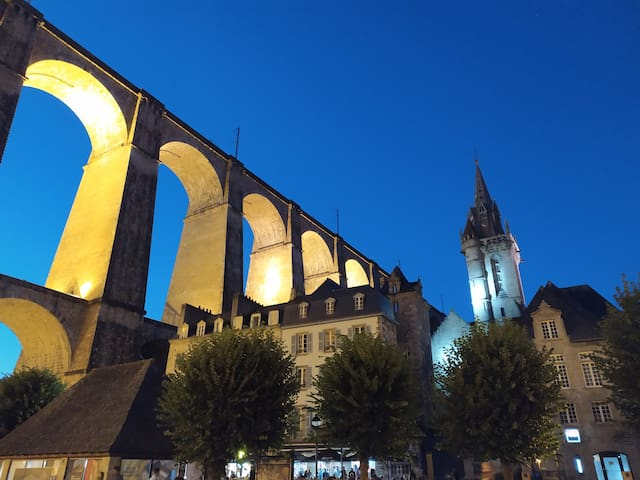 Morlaix by night