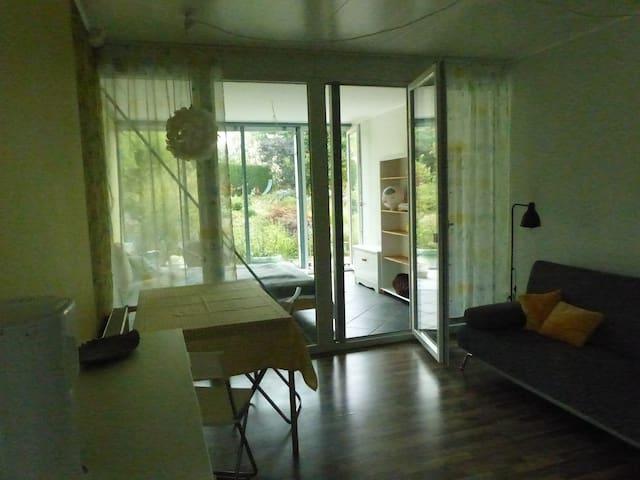 Appartement mit Gartenblick
