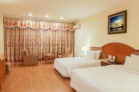 Deluxe Double Seaview on Ha Long - tp. Hạ Long - Bed & Breakfast