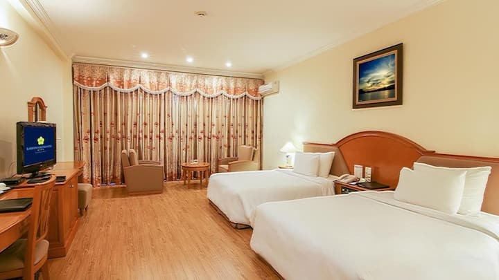 Deluxe Room with Seaview on Ha Long