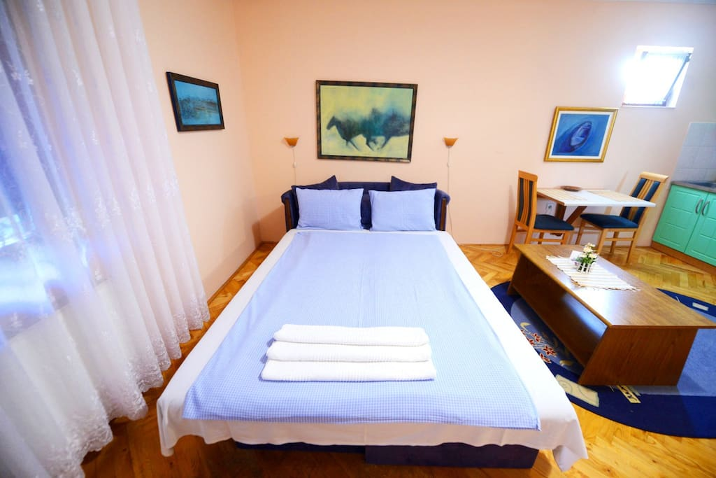 Lotus Apartment - Big Double Bed