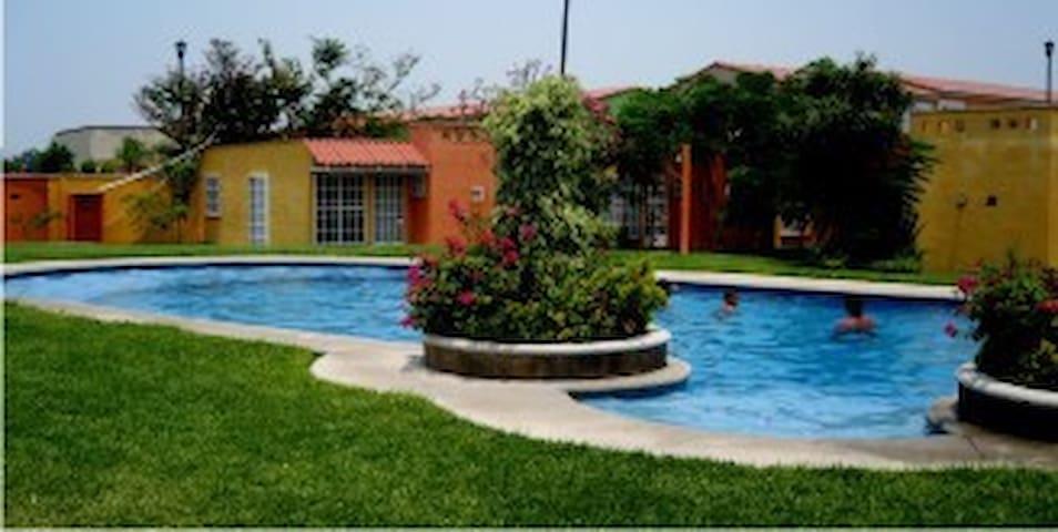 Bonita casa en Cuerna !!