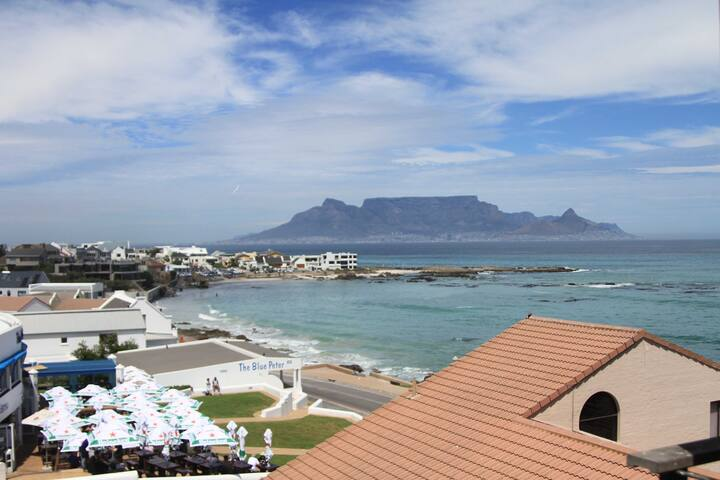 ★ Big Bay Beachfront ★ Best Table Mountain View ★