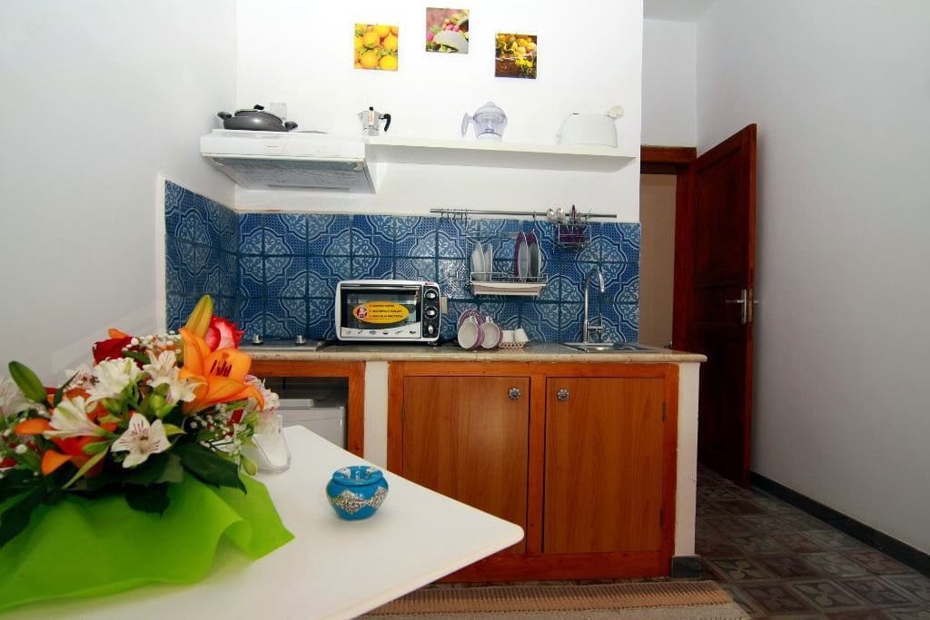 Casa vacanze la giudaica trapani appartamenti in for Appartamenti arredati in affitto a trapani