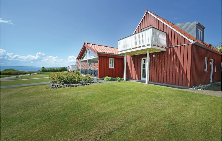 Holiday cottage with 3 bedrooms on 150 m² in Spøttrup