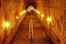 La descente dans les Caves Pommery