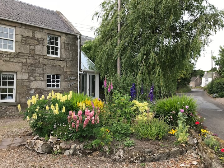 Ashtrees Cottage