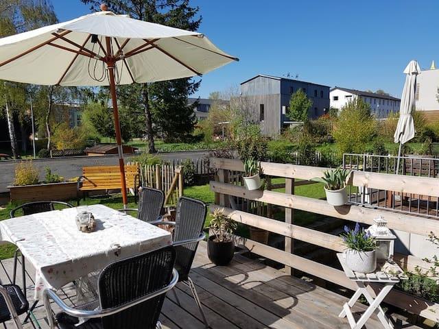 Schönes Gästezimmer mit eigenem Bad in Konstanz