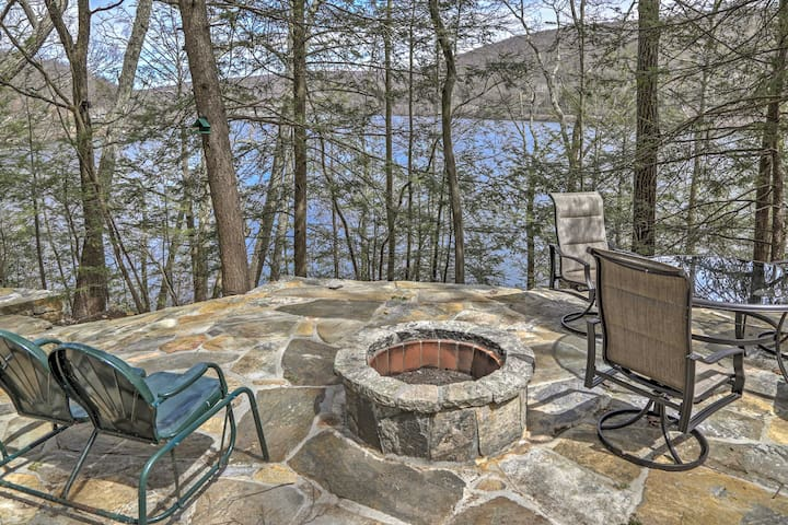 Lakefront New Preston Cottage w/Dock & Fire Pit!