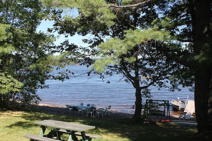 "Lakeside Cedar Cabins #5- ""Tamarack"""