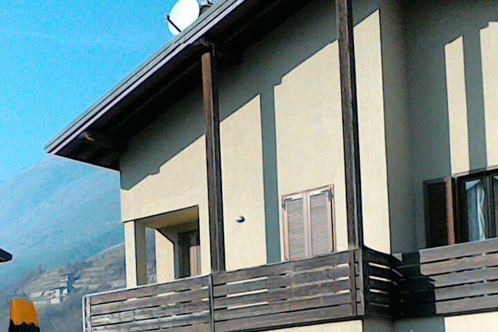 Villetta nel cuore delle Alpi Retiche
