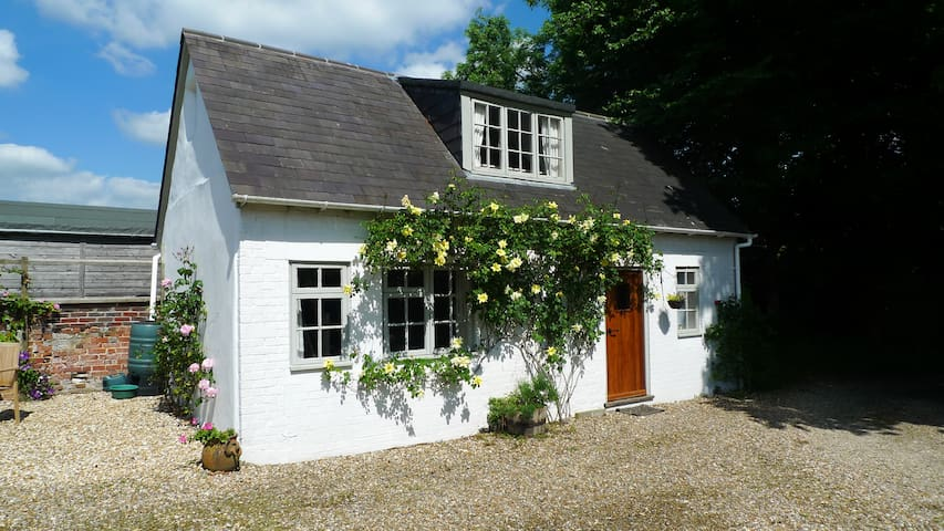 Charming cottage in the grounds of our family home