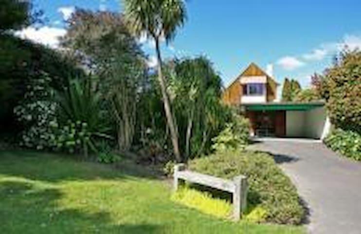 Pipi Beach House