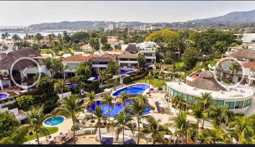 VALLARTA GARDENS new remod House w pool club+beach