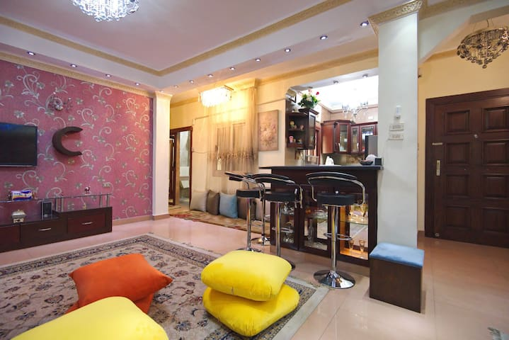 Modern Cozy Apt Close To The Airport-In Heliopolis