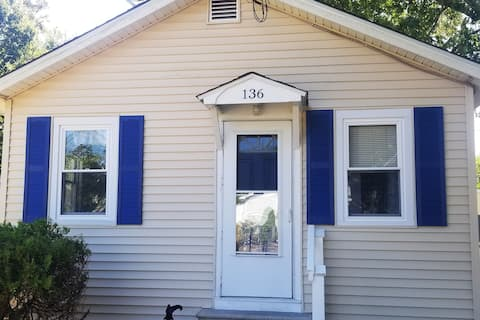 Kozy Cottage on Kentucky