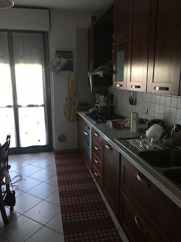 Accogliente stanza privata a 20 minuti da Torino