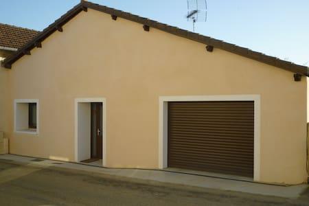 Maison de Bourg Pimbo - Pimbo