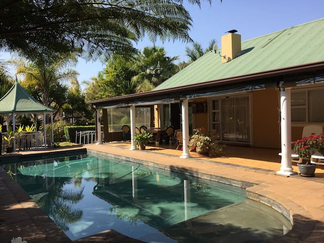 African Fish Eagle Cottage - White River - Pension