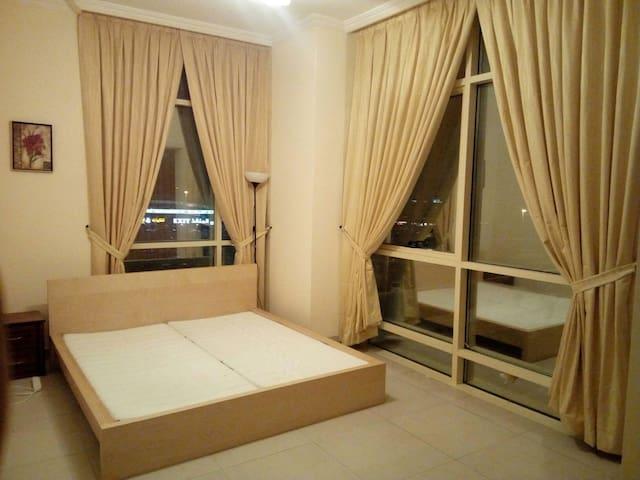 Big furnished room Al Karama - Dubai - Apartamento