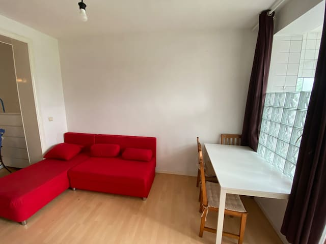Nice little flat 40 m2 Brussels