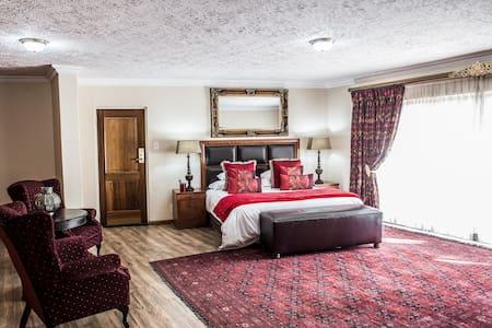 Beautiful Honeymoon Room - Inap sarapan