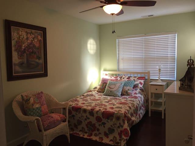 Bedroom 2 with full size bed and hardwood floors- sleeps 2
