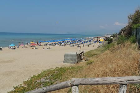 Villino Lory sul mare di Sperlonga - Sperlonga - Willa