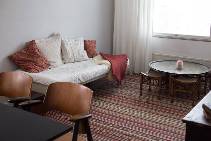 Cozy one bedroom apartment in nice neighbourhood