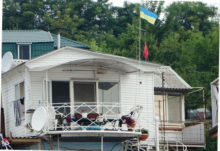 Море у порога - Odessa - Bungalow