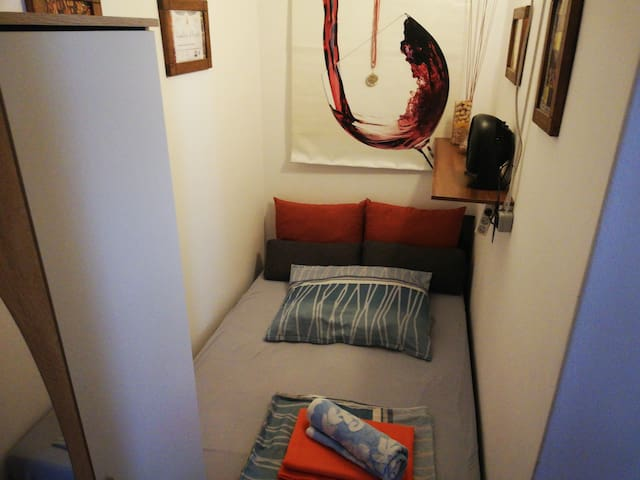 Nice and Comfy stay near Karlsplatz. Perfect for 1