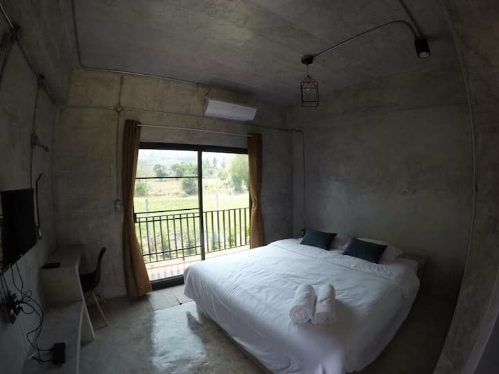 The Leaf Homestay king bed for 2 Chiangmai