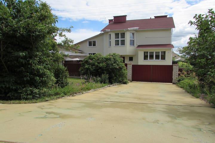 Коттедж посуточно в пригороде Минска