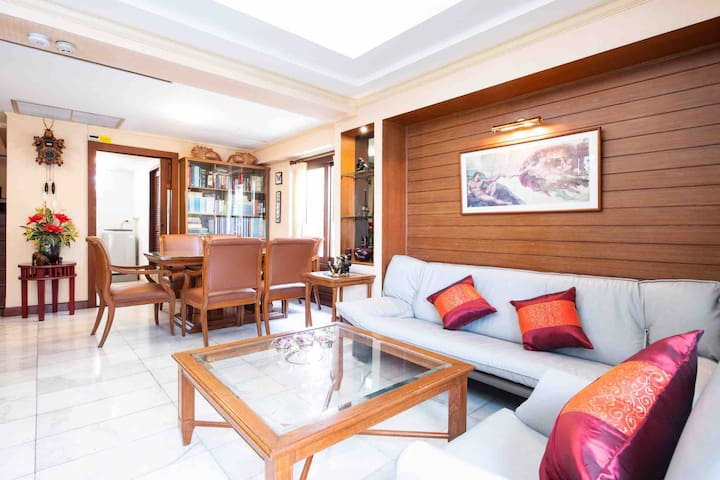 Private Entire Penthouse near Khaosan Road Bangkok