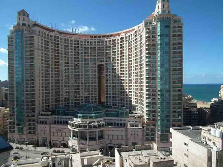 Huge Luxury Condo at San Stefano Grand Plaza