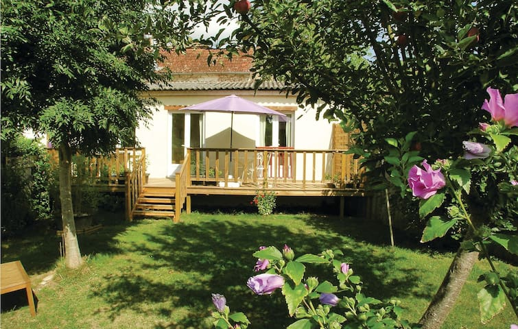 Holiday cottage with 2 bedrooms on 82 m² in Tremolat