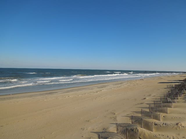 Dunes South - 3BR Oceanfront Duplex