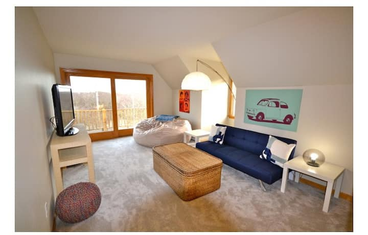 Updated & Clean Block Island Stay