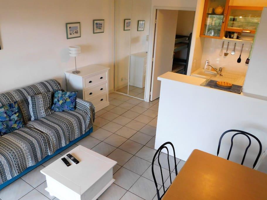 Studio cabine 4 pers piscine plage 50m g3 condomini for Branson condomini e cabine in affitto
