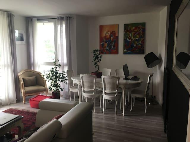 Charmant 3 pièces près Versailles - Élancourt - Apartemen