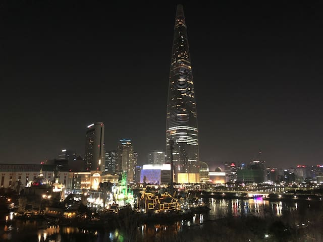LakeView place x10min LOTTE TOWER& JAMSIL Station