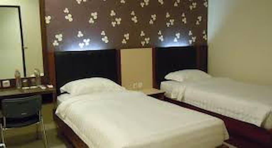 home stay plus pemandu wisata - Bontoala - Butikový hotel