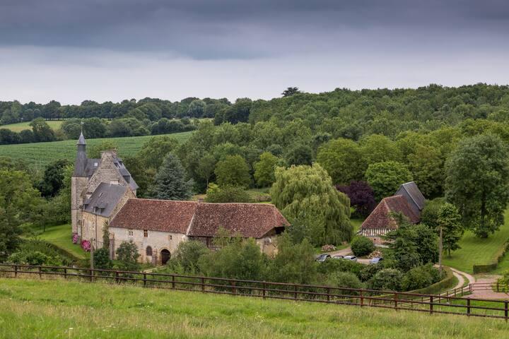 Le Vieux Chateau Le Renouard: Chambre d'Or
