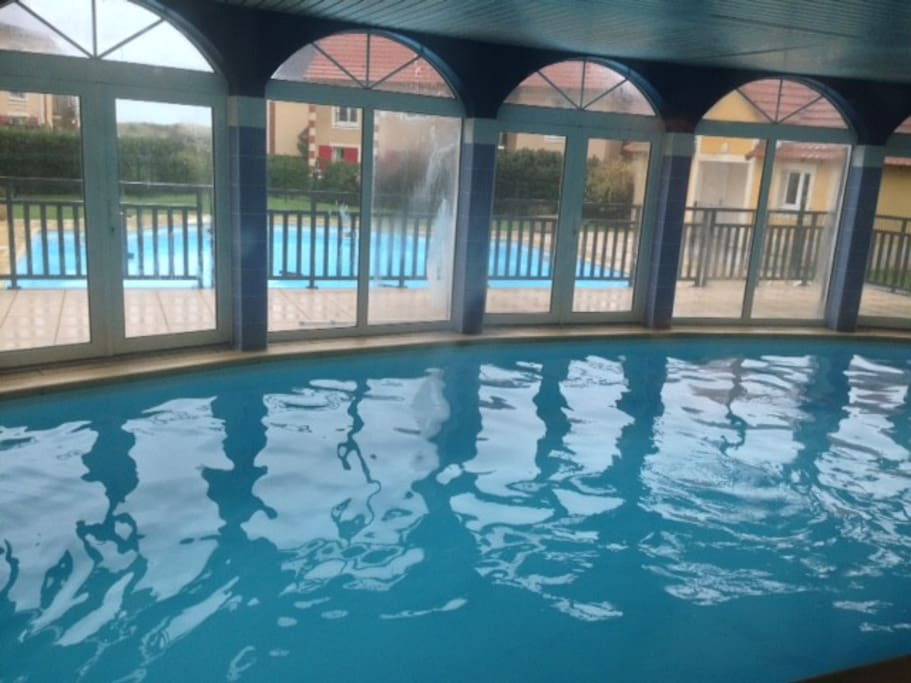 Duplex r sidence sud piscine int rieure chauff e for Camping dives sur mer avec piscine