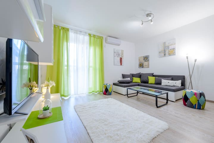 Beach spacious apartment Dubrovnik