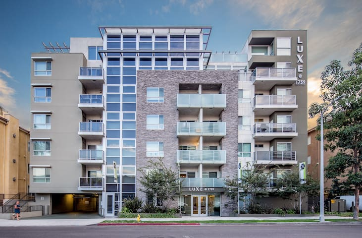 UPSCALE APARTMENT- West LA / Sawtelle/ Japantown