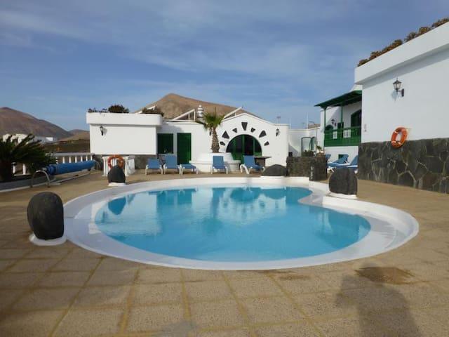 Apartamento Finca Rural con piscina. Lanzarote
