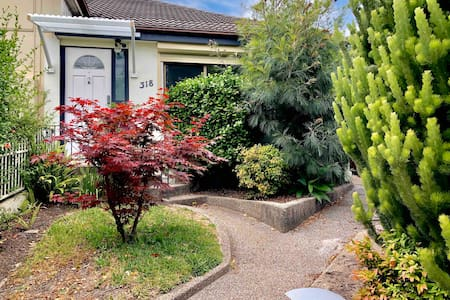 4 Bedroom  Home in the Heart of Kingsford